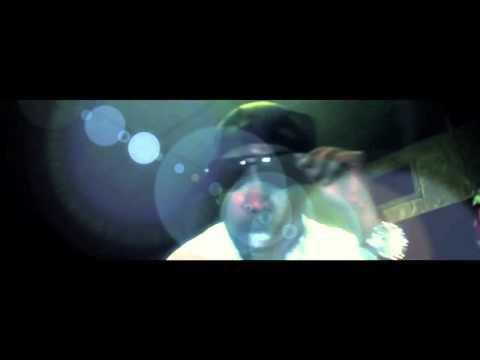 K DIGGA (ft. Gucci Mane)
