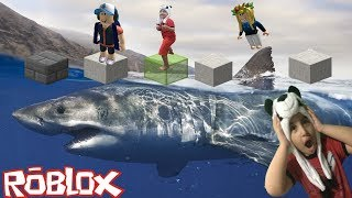 ROBLOX-Parkour challenge on giant Shark Island Megalodon