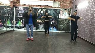 Akh Lad Jaave | Loveratri | Dance Choreography | Bollywood Dance | VIGOUR ENTERTAINMENT