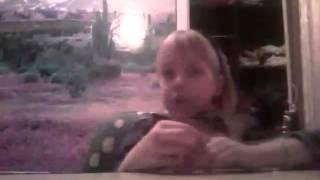 Рисуем снежный замок(Ксюшка и Настюшка   отправил(-а) вам видео!, 2016-01-24T03:35:25.000Z)