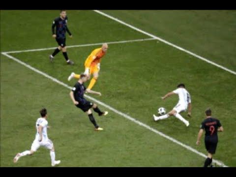 Argentina leva goleada da Croácia e se complica no Mundial | SBT Brasil (21/06/18)
