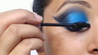 Easy blue smokey eye makeup tutorial for beginners in hindi| Kaurtips