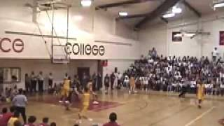 DARREN COLLISON VS. JORDAN FARMAR (ETIWANDA VS. TAFT 2004 STATE PLAYOFFS)