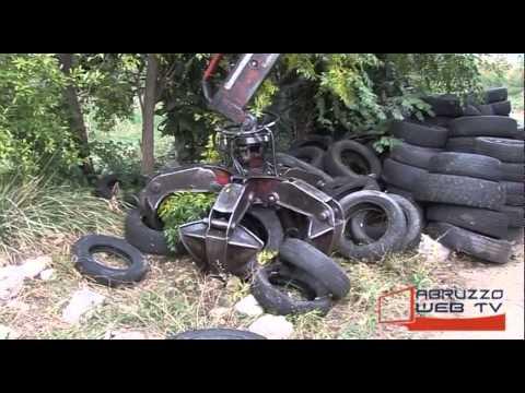Piazzano di Atessa recuperati circa 200 pneumatici abbandonati nei pressi del Fiume Sangro 061114