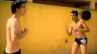 Henrique marcondes  vs TUTU Rossatto (luta no sabão)