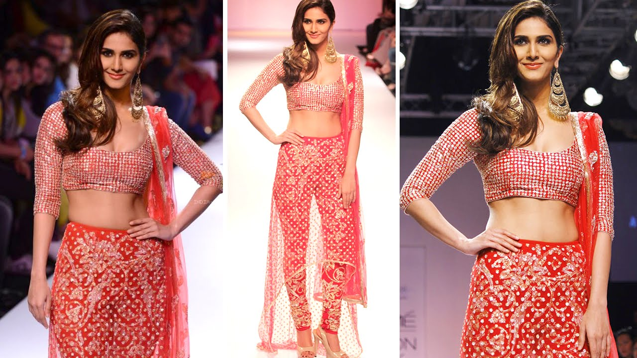 Too H0T to Handle: Vaani Kapoor on Day 4 at LFW by Bollywood Universe HD