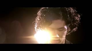 "Iskandar Widjaja - ""Burn"" (ft.Raline Shah)"