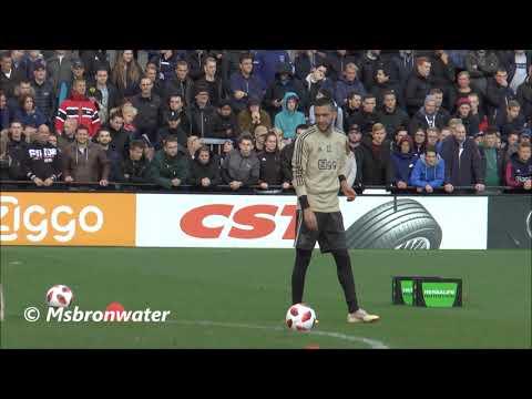 hakim ziyech Bij De Openbare training Ajax voor de kraker tegen feyenoord