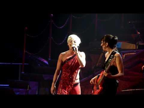 Pink Funhouse Tour Cologne Don't Let Me Get Me HD 720P
