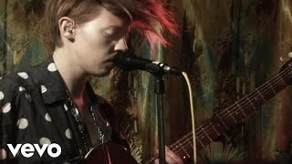La Roux - Bulletproof (Down The Front Session)