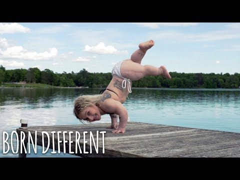 "2'10"" Woman Is The World's Smallest Stripper 