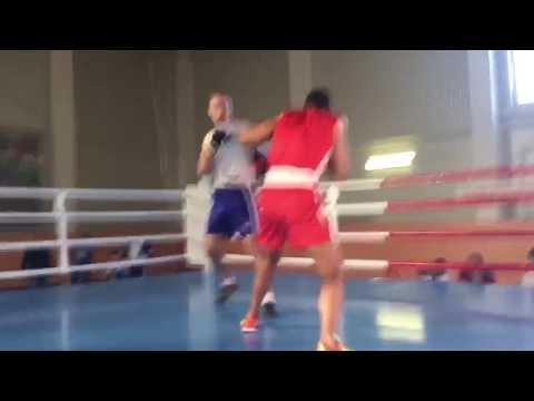 Жесткий нокаут на любительских соревнованиях по боксу |Powerful Knockout
