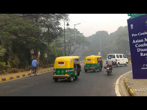 Onset of winter in New Delhi, India HD