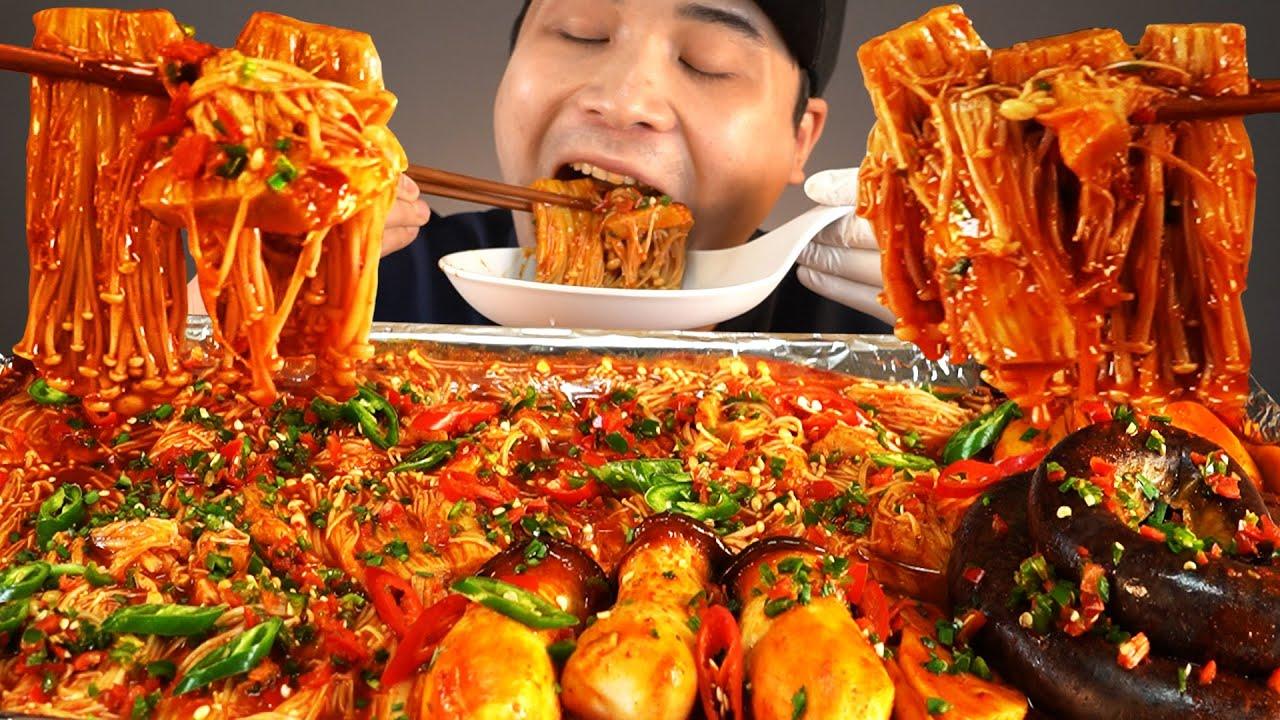 핵불닭소스 넣은 매운팽이버섯통순대 먹방~!! 리얼사운드 ASMR social eating Mukbang(Eating Show)
