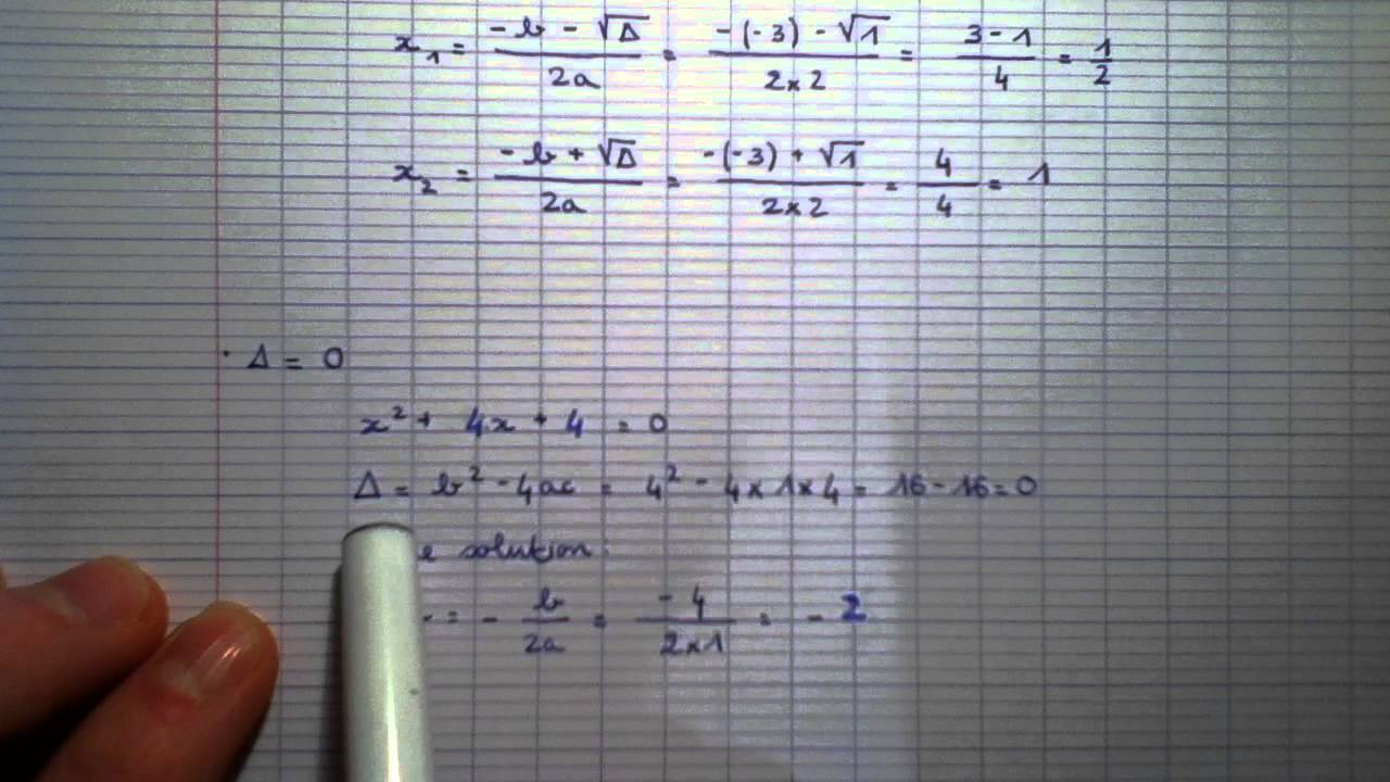 Résoudre une équation du second degré - Maths de terminale - YouTube