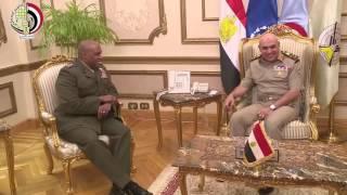 القائد العام ورئيس الأركان يلتقيان مدير وكالة مخابرات الدفاع الأمريكية