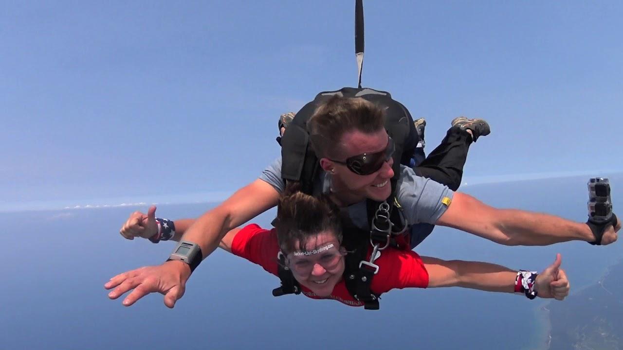 Skydive Charlevoix - Skydiving Northern Michigan