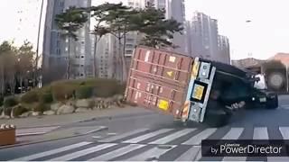 Những vụ tai nạn hài hước và kỳ lạ - xem xong cấm cười😂/ The accident made you laugh