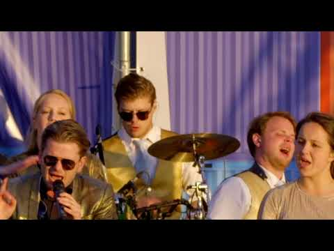 Hermes House Band -  Narcotic  (Live Lustrum Buitengewoon RSC/RVSV 2019)