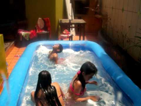 Piscina y burbujas 3 youtube for Burbuja piscina