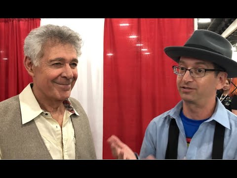 "Barry Williams talks about the upcoming ""Brady Bunch"" reunion ..."