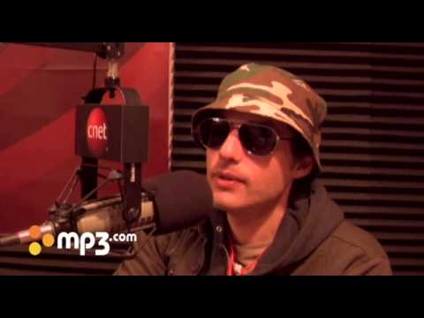 Jakob Dylan interview and performance with MP3.com