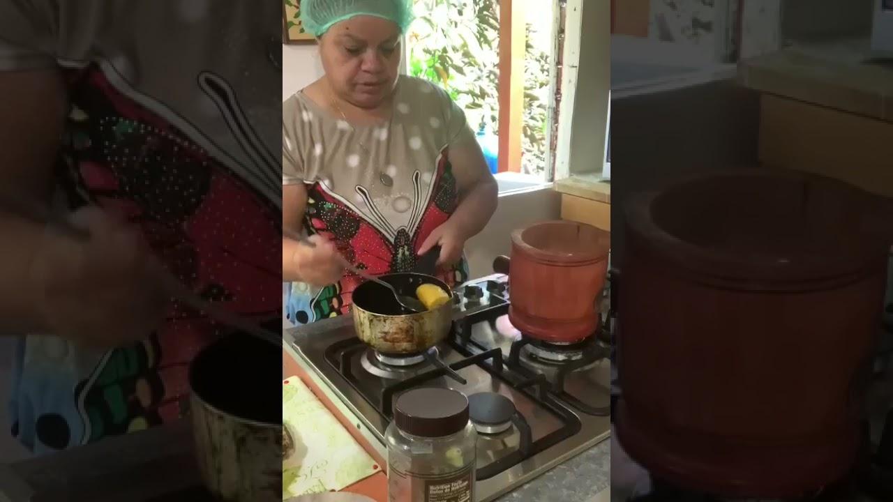Viña La Gran Pastelera Desde la zona montañosa de Yauco