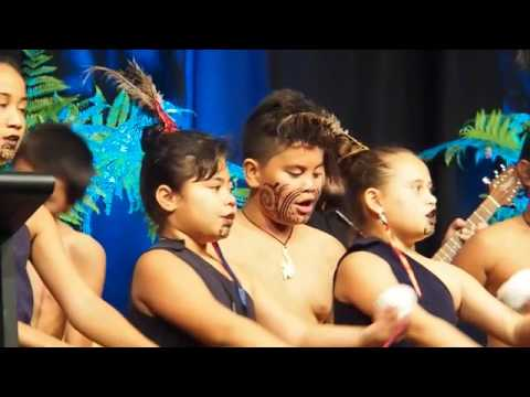 New Windsor School Performance at World Forum 2017 in Auckland