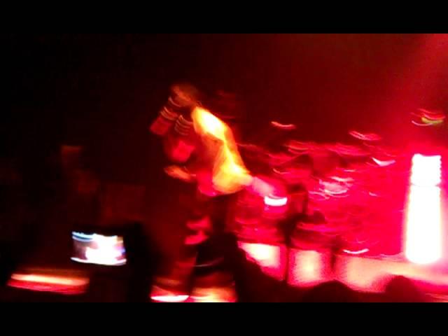 Kid Cudi performing Mojo So Dope in SF 2011