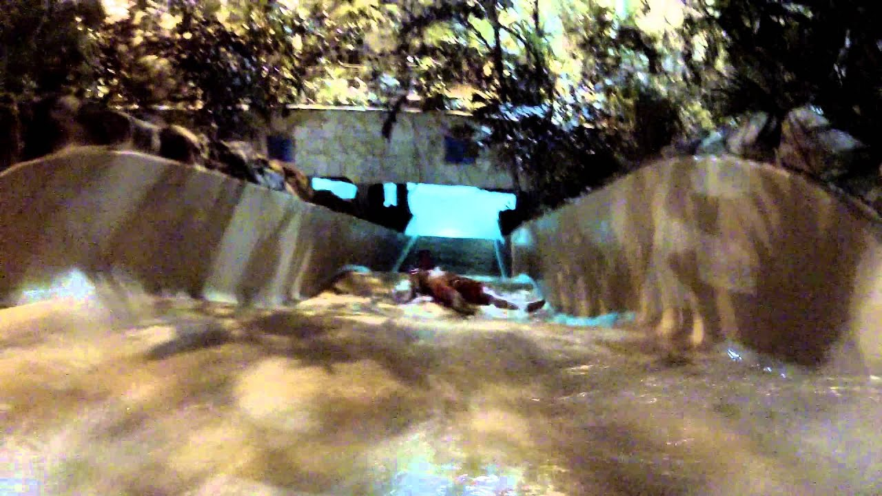 Centre Parcs Longleat Rapids Swimming Pool Go Pro Hd Backwards Down Water Slide Sept 2012