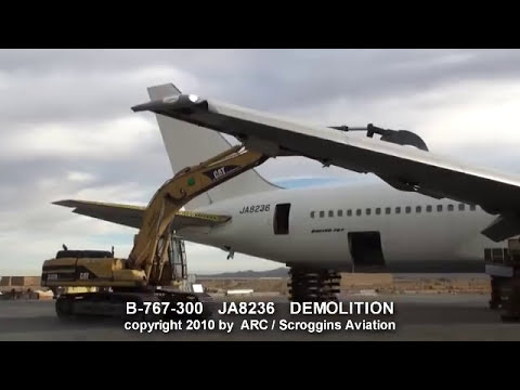 First Boeing B767-300 Prototype is Scrapped