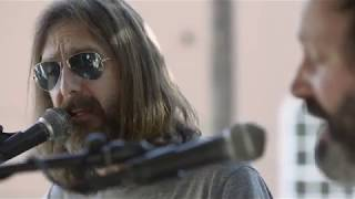 Chris Robinson Brotherhood: Garden & Gun Back Porch Session