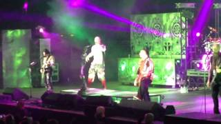 FIVE FINGER DEATH PUNCH-COMING DOWN LIVE-LITTLE ROCK AR