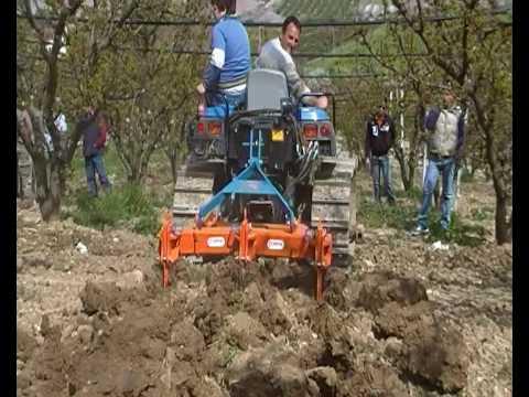 Trattori agricoli usati macchine motocoltivatore for Motocoltivatore carraro