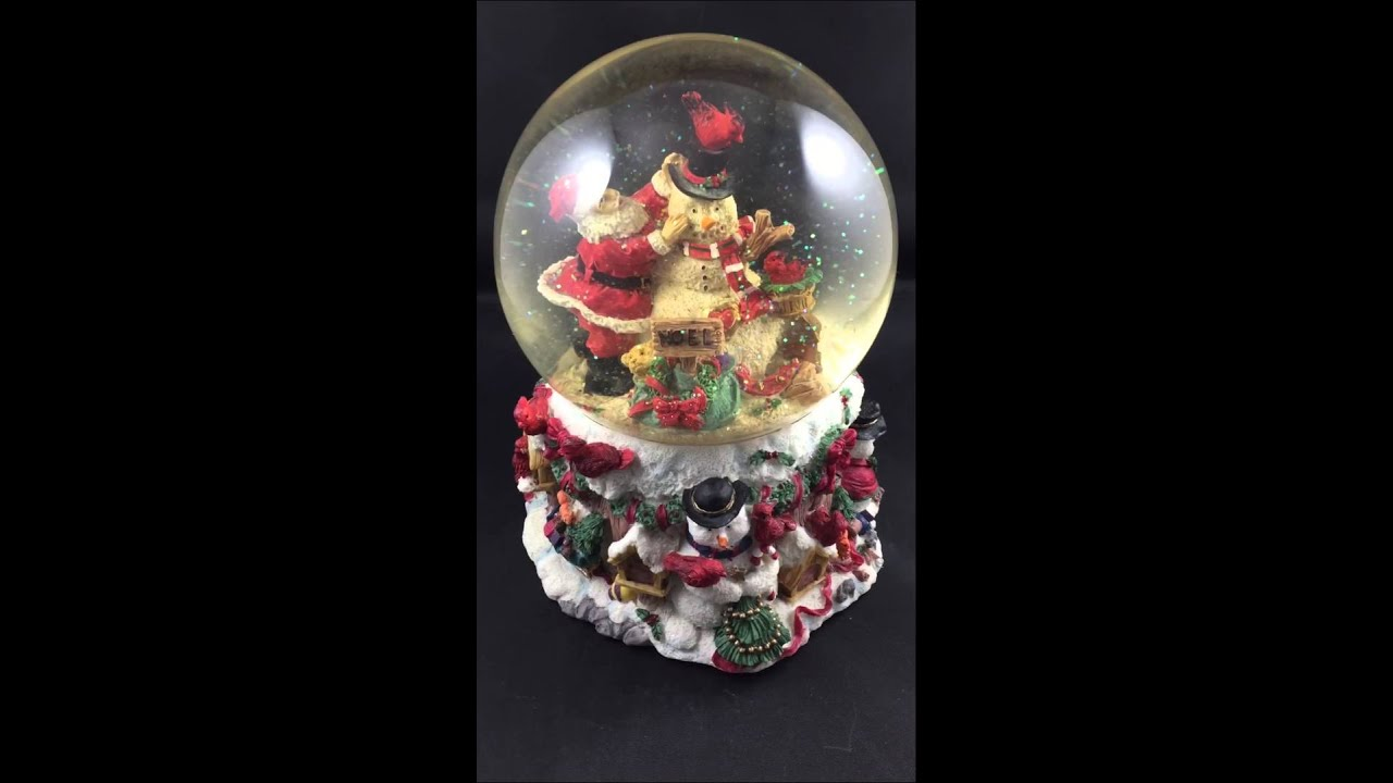 large christmas frosty the snowman snow globe - Large Christmas Snow Globes