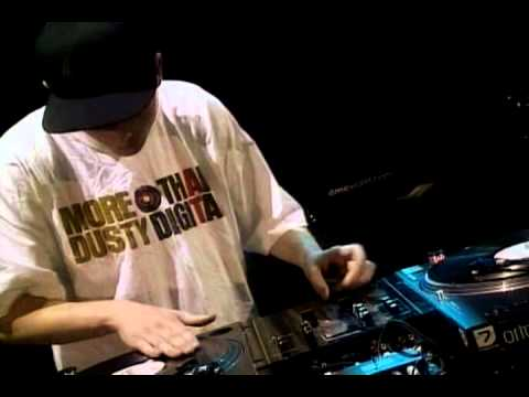 2001 - Klever (USA) - DMC World DJ Final