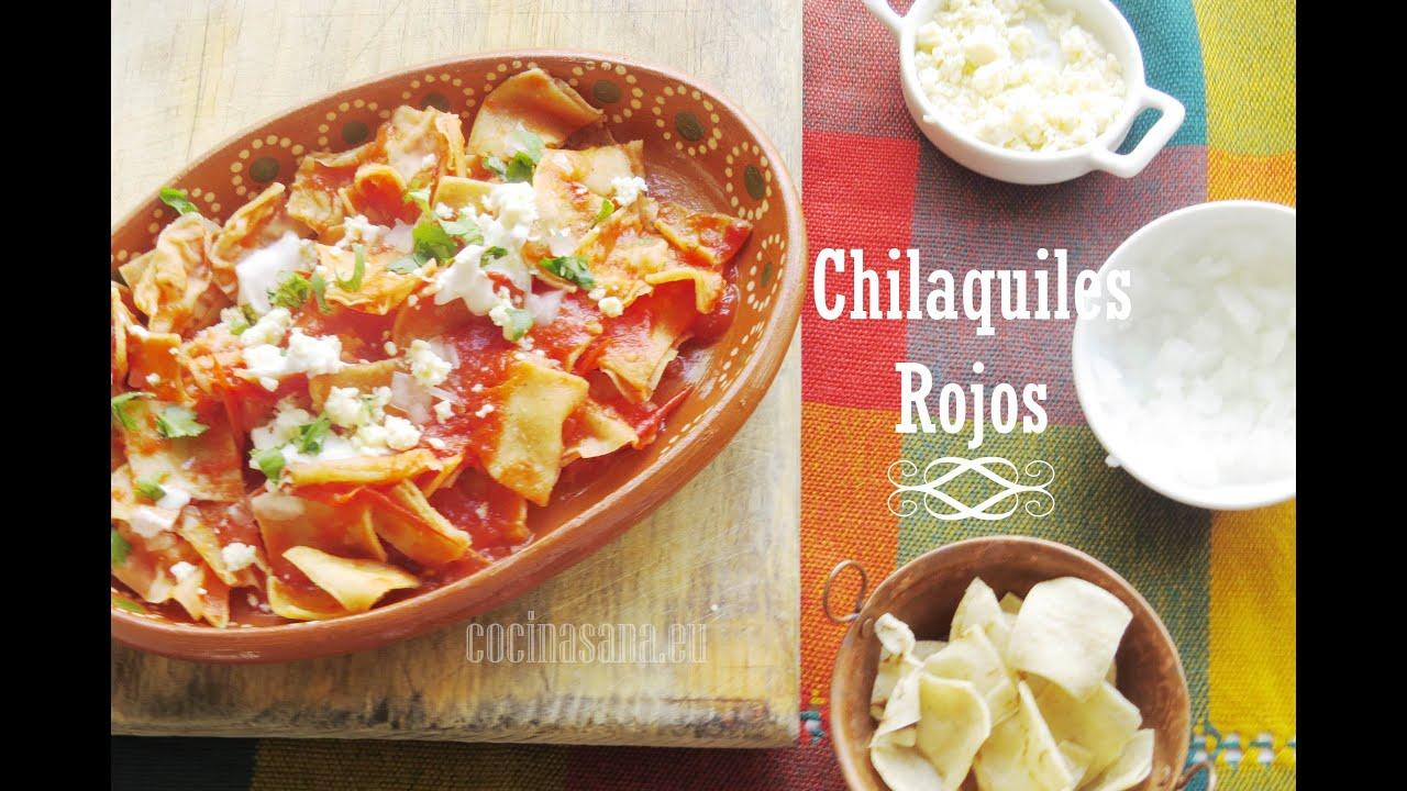 Chilaquiles Rojos  RECETA FCIL MEXICANA  YouTube