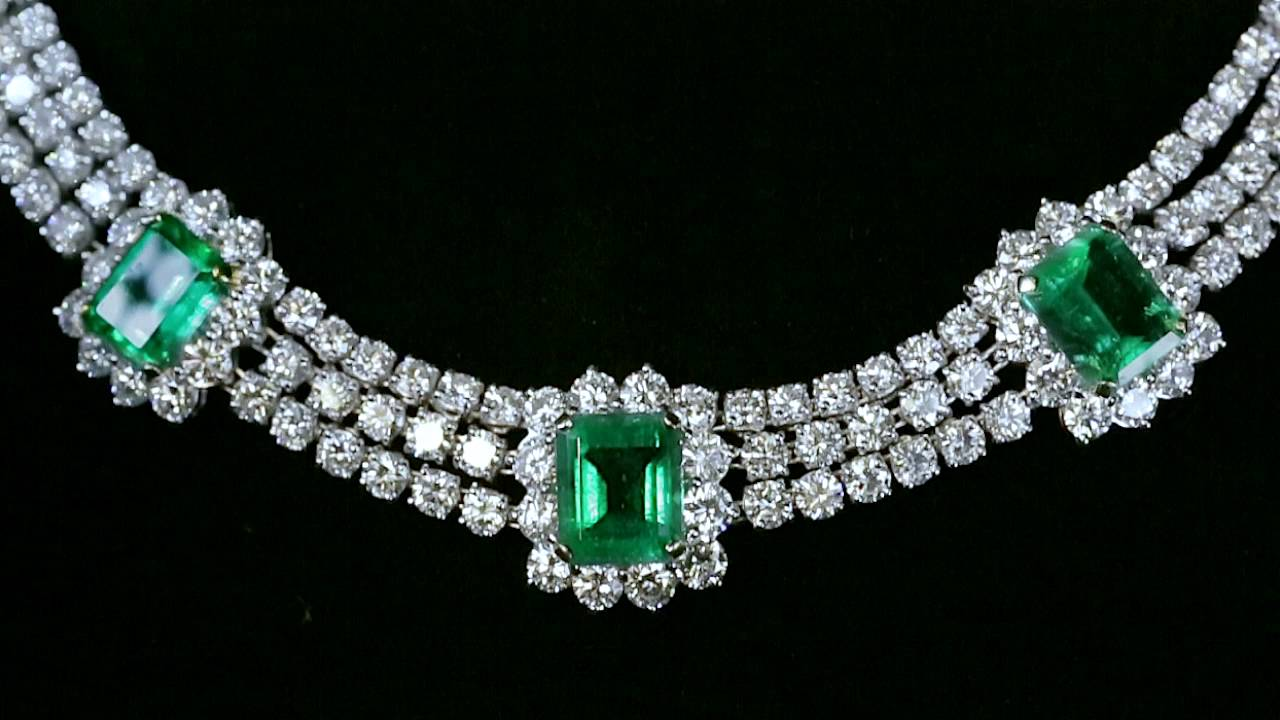 Columbian Emerald Necklace And Earrings From M S Rau
