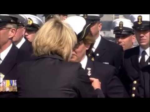 Marineschip Karel Doorman in dienst gesteld