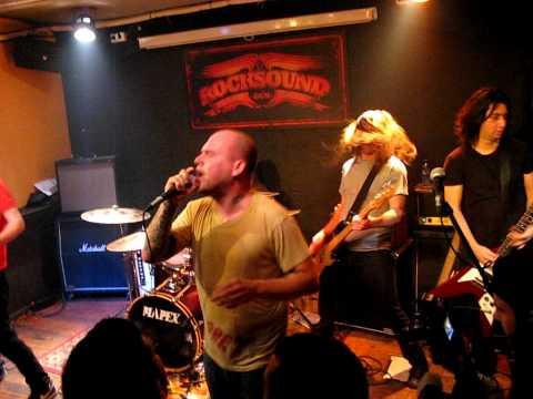 the-bronx-past-lives-rocksound-iii-matinee-rockzone-barcelona-2-4-paxpuig