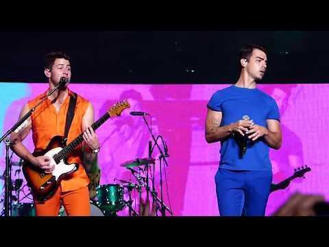 Cake by the Ocean - Jonas Brothers - Happiness Begins Concert Tour - Boston, MA [8/17/2019]