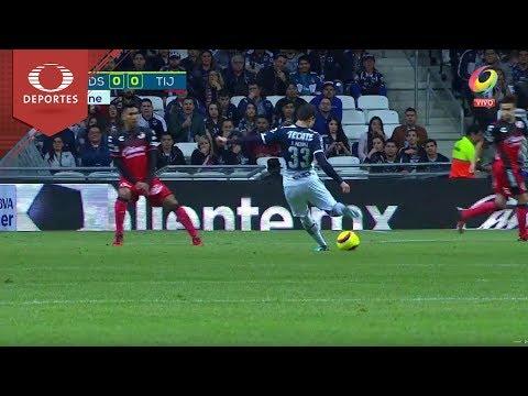 Jugada peligrosa de Medina | Monterrey 0 - 0 Tijuana | Clausura 2018 - J3 | Televisa Deportes