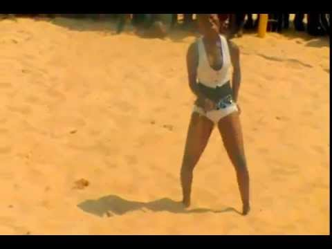 TEENAGER TWERKING  AT THE THE EAST AFRICAN BEACH FESTIVAL thumbnail