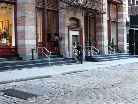 Gossip Girl being filmed in SoHo - July 9th, 2009