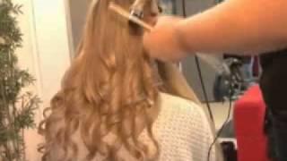 видео Модные прически для выпускного 2012