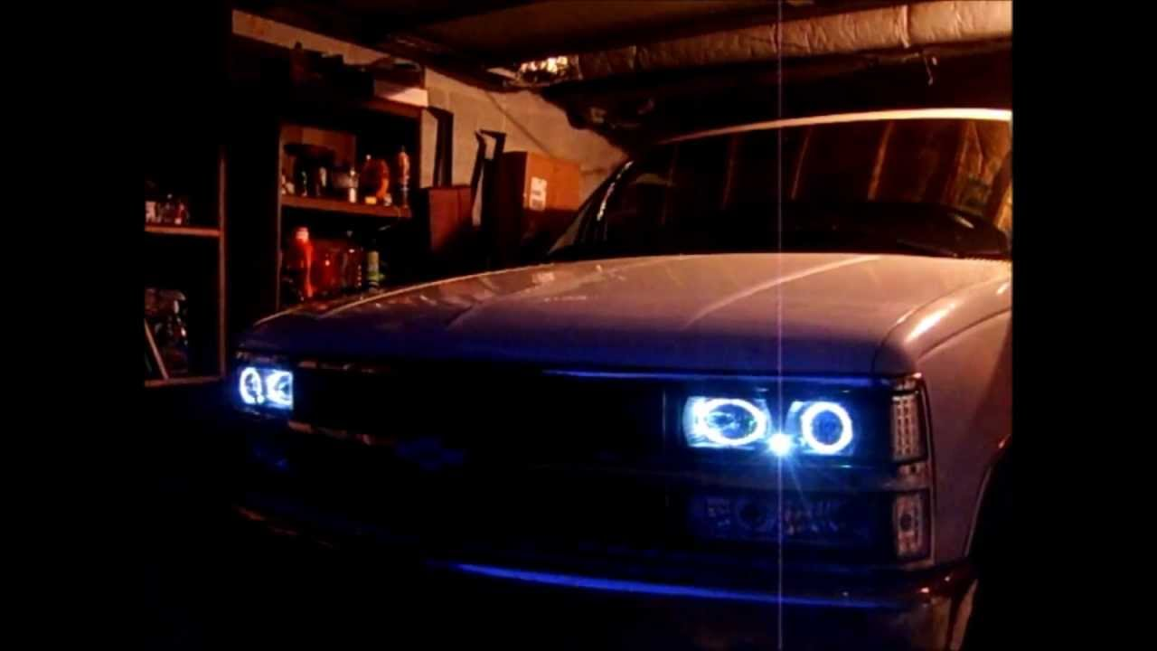 88-98 Chevy Silverado Halo Projectors + HID kit - YouTube