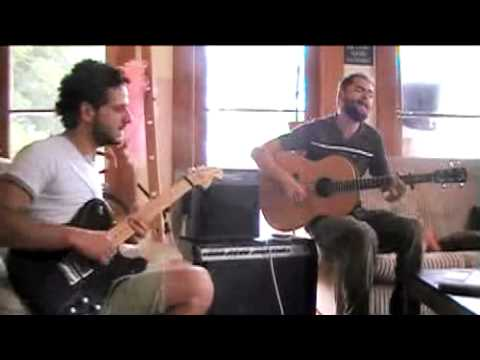 Passenger and Lior behind the scenes