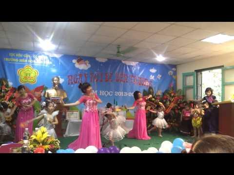 Ngày đầu tiên đi học -  trường MN Mùa Xuân ( bé Khánh Phong )