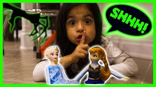 Aliyah Goes On an Elsa and Anna Frozen Dolls Toy Hunt After the Game Master Takes Them