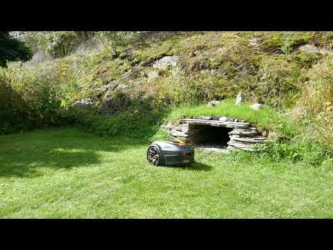 Garage for a Robot Lawn Mower